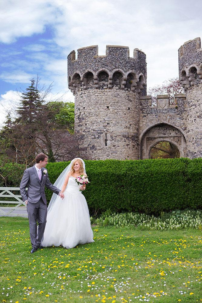 Wedding Day At Cooling Castle Barn In Kent Find A