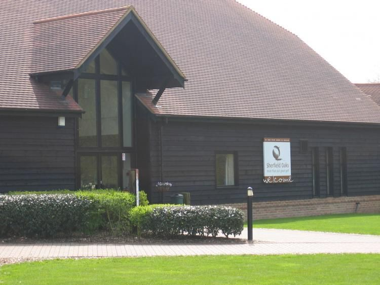 Sherfield Oaks Golf CLub