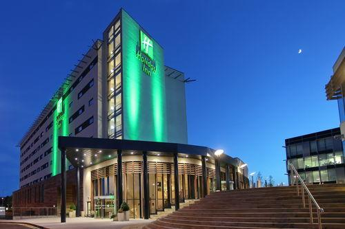 Holiday Inn Reading - wedding venue